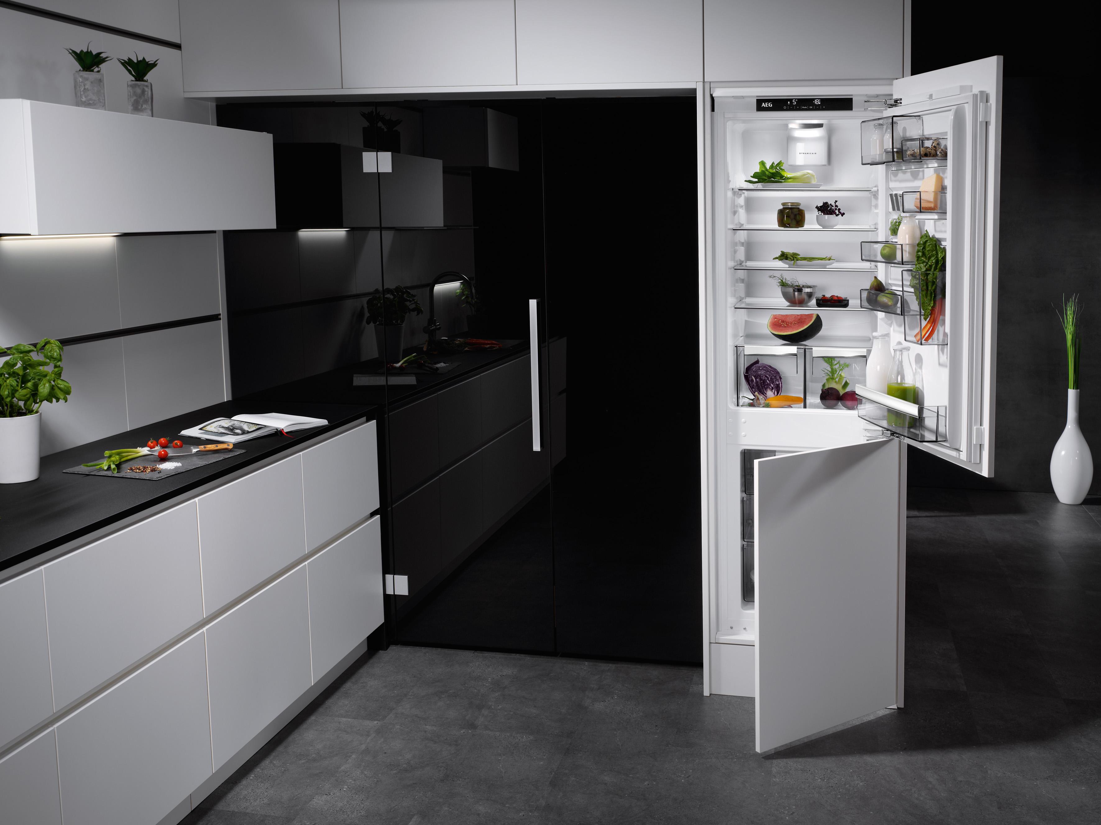 Aeg Kühlschrank Pro Fresh : Aeg customflex: ein kühlschrank der sich anpasst electrolux